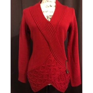 Venus red knitted top